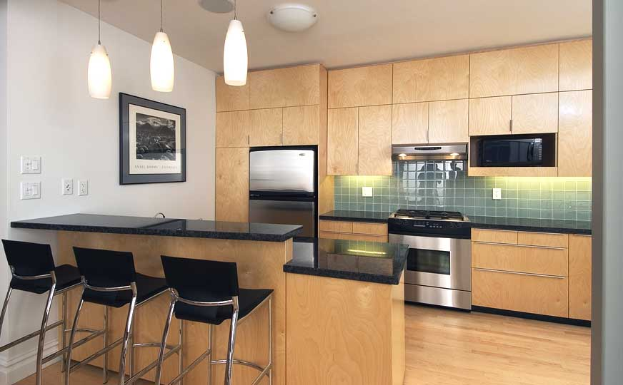 Kitchens multitrade construction for Remodeling kitchen ideas cheap