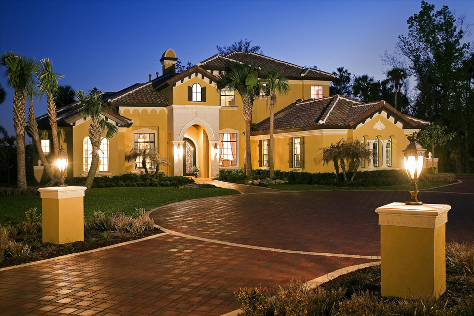 Istock stucco home 315125000 autos post for Monaco homes
